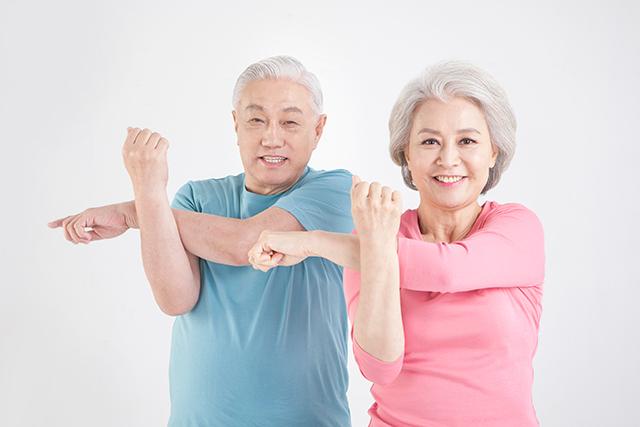 경도인지장애 환자가 운동을 규칙적으로 하면 알츠하이머병에 걸릴 위험이 줄어든다는 연구 결과가 나왔다./사진=클립아트코리아