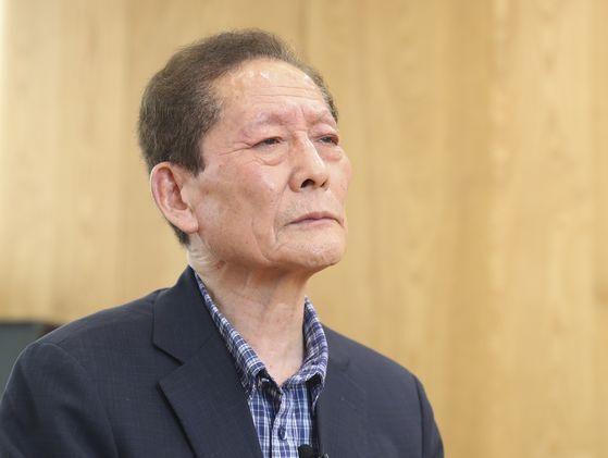 6월 17일 '함바왕' 유상봉(74)씨가 중앙일보와 인터뷰하고 있다. 임현동 기자