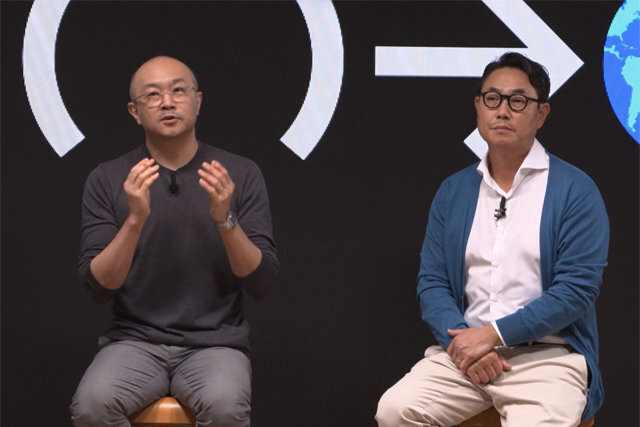 18일 온라인 기자간담회를 가진 카카오 여민수 대표(오른쪽)와 조수용 대표. 카카오 간담회 영상 캡처