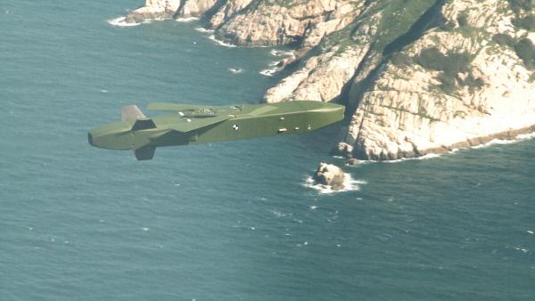 F-15K에서 발사된 독일산 장거리 공대지 순항미사일이 비행하는 모습.  공군 제공