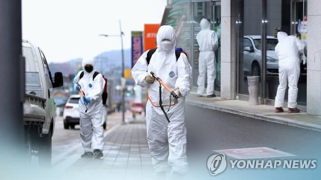 방역활동 모습 (CG) [연합뉴스TV 제공]