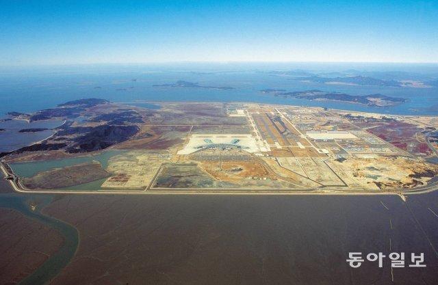 인천국제공항 조성 당시의 영종도 모습. 2000년 12월 촬영. 동아일보 DB