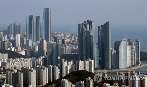 부산 해운대구 일대 아파트와 고층빌딩 모습 [연합뉴스 자료사진]