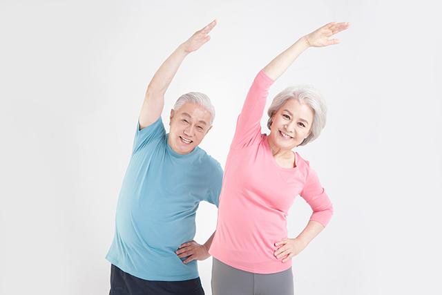 60세 이상으로 고령자라도 생활습관을 잘 관리하면 젊은 사람만큼 체중을 감량할 수 있다는 연구 결과가 나왔다./사진=클립아트코리아