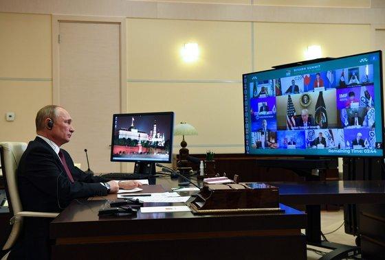 블라디미르 푸틴 러시아 대통령이 지난 21일 G20 정상회의에 참석한 모습 [AFP/연합뉴스]