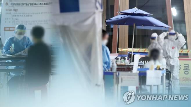 코로나19 신규 확진(CG) [연합뉴스TV 제공]