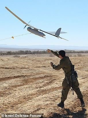 이스라엘군의 '스카이라크' 백팩형 드론 [이스라엘 국방부. 재판매 및 DB 금지]