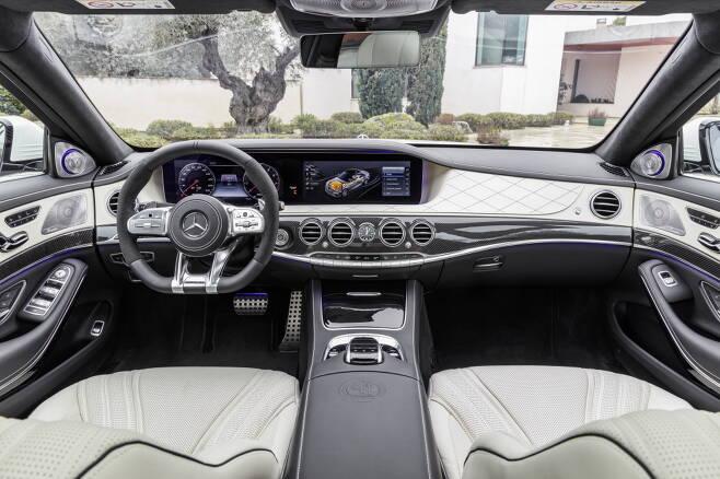 AMG S63 내부 디자인 /사진제공=메르세데스-벤츠