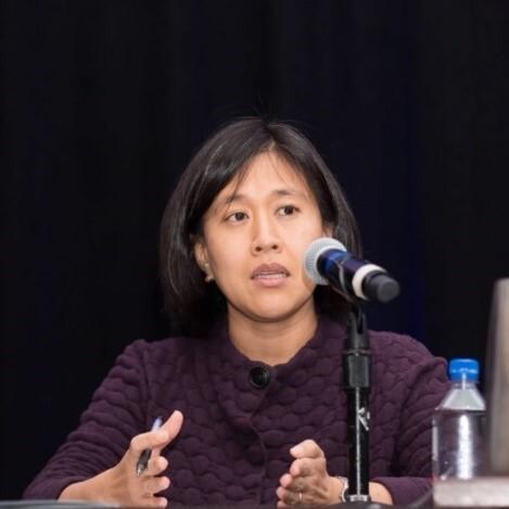 캐서린 타이 변호사.