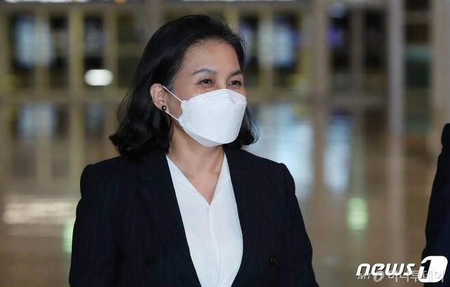 (인천공항=뉴스1) 박정호 기자 = 유명희 산업통상자원부 통상교섭본부장