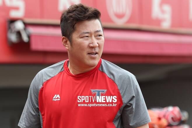 ▲ 개인 두 번째 FA 계약을 체결한 '꾸준함'의 대명사 최형우 ⓒ곽혜미 기자