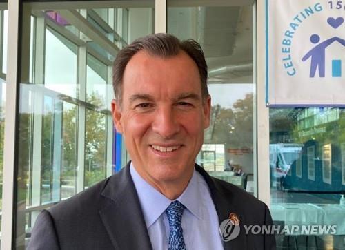 한미동맹 결의안 주도한 톰 스워지 의원 [연합뉴스]