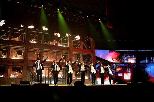 그룹 방탄소년단의 온라인 콘서트 모습. 사진제공 빅히트엔터테인먼트