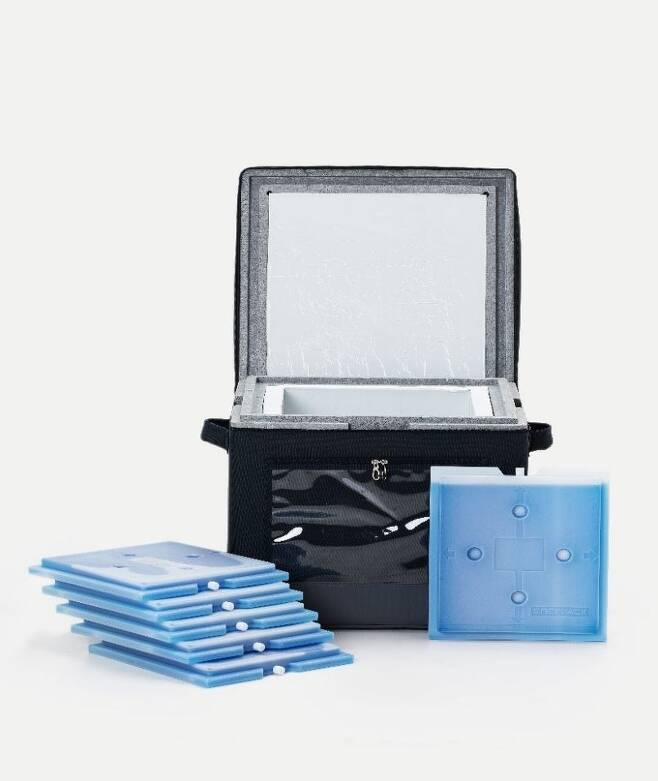 """OCI's icebox can maintain a temperature of minus 70 degrees Celsius for up to 250 hours. A smart """"freezer container"""" using OCI's Enervac insulation panels is used in extreme regions, including Antarctica. (OCI)"""
