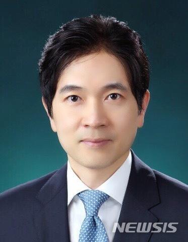[부산=뉴시스] 박성훈 전 부산시 경제부시장 (사진= 부산시 제공)