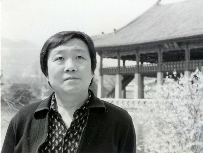 소설가 김용운이 장편소설 '태양의 저쪽'으로 제1회 학촌 이범선문학상 수상작했다고 한국소설가협회는 13일 밝혔다.(사진=한국소설가협회)