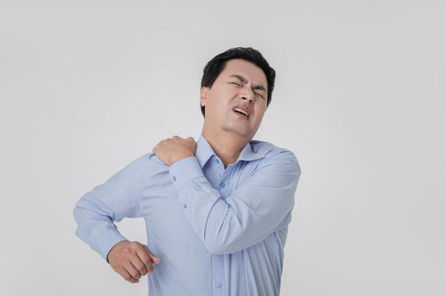 운동 하루 뒤 생기는 통증이 있다면 근육에 미세한 손상이 간 것이다./사진=클립아트코리아
