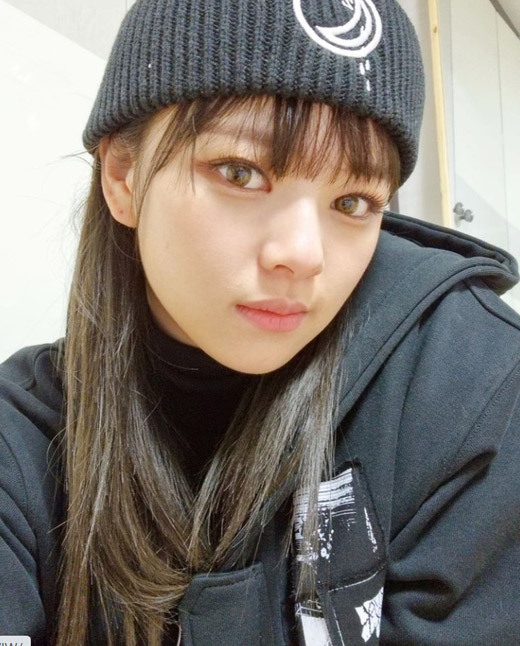On the 31st, JEONGYEON posted a picture on the personal Instagram with an article entitled Good to see you # Once.In the open photo, JEONGYEON is staring at the camera with a black beanie, making a faint smile, especially the more mature and neat beauty.The netizens who watched this left words of support such as I wanted to see, Proud JEONGYEON and Sick.On the other hand, JEONGYEON, which temporarily suspended its activities for health reasons last October, returned to the 30th High1 Seoul Song Awards held on the 31st.