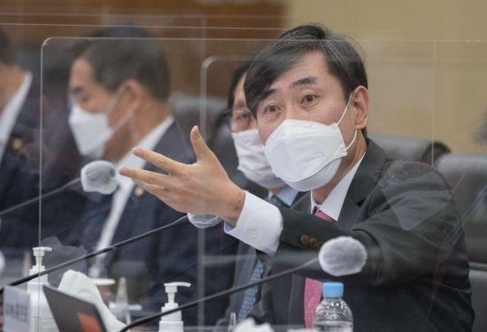 하태경 국민의힘 의원이 지난해 10월8일 서울 용산구 합동참모본부에서 열린 국회 국방위원회 국정감사에서 질의하고 있다. 사진=연합뉴스