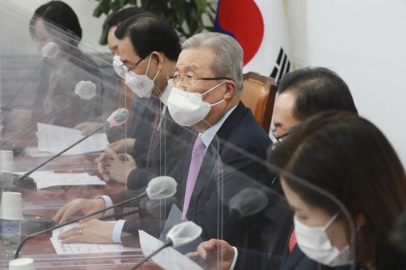 국민의힘 김종인 비상대책위원장이 22일 국회에서 열린 비상대책위원회의에서 발언하고 있다. ⓒ연합뉴스