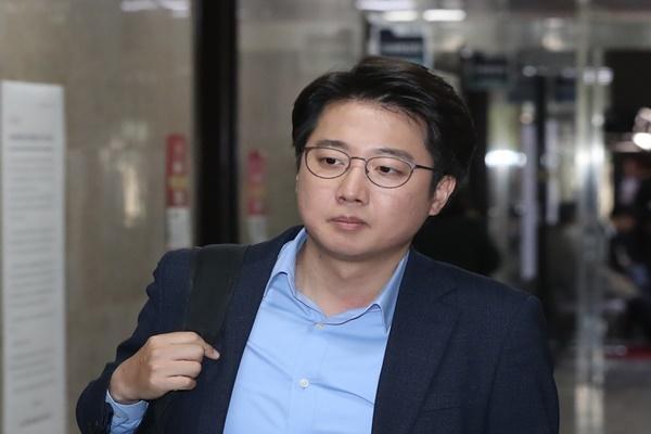 이준석 전 미래통합당 최고위원이 지난해 4월 29일 서울 영등포구 여의도 국회에서 열린 최고위원회의에 참석하고 있다. 뉴시스