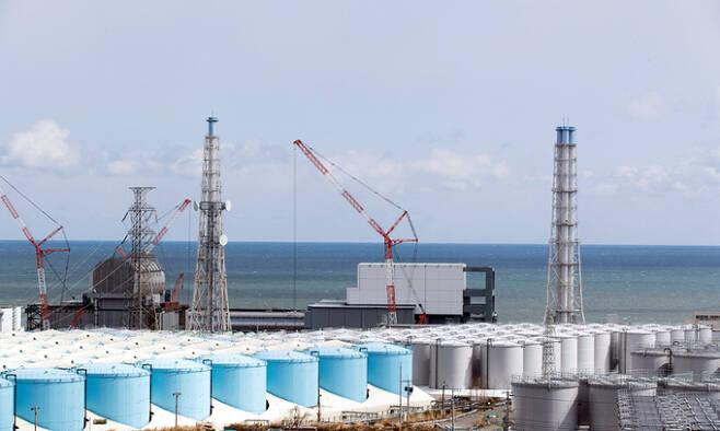 지난 2월 일본 후쿠시마 원전의 오염수 저장 탱크 모습. 일본 정부는 탱크에 보관 중인 후쿠시마 원전 오염수의 해양 방출 결정 방침을 굳힌 것으로 알려졌다. 세계일보 자료사진
