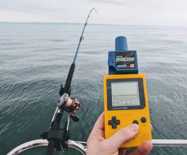 (게임보이 포켓과 어군탐지기만 있다면, 당신도 바다의 지배자가 된다!!)