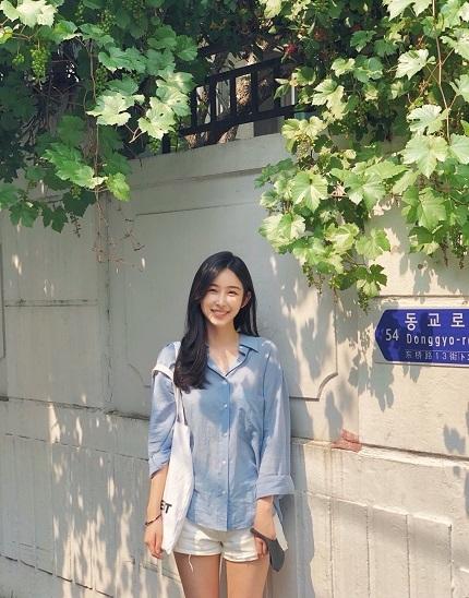 """채널A 예능 """"하트시그널""""에 출연했던 박지현 씨가 오는 25일 서울 고척 스카이돔에서 열리는 키움 히어로즈와 KIA 타이거즈 경기에 앞서 시구자로 나선다. 사진=키움 히어로즈 제공"""