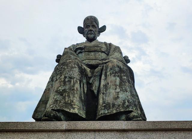 ▲ 자주적이었는지 모르지만 '수구적'이었던 척화파의 거두 최익현의 동상. 충남 청양 모덕사에 있다.ⓒ손호철