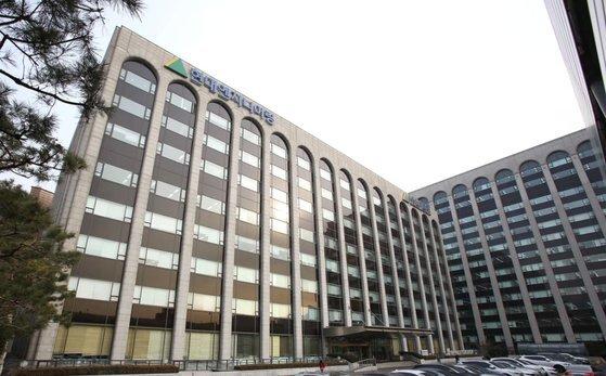 현대엔지니어링이 입주해 있는 서울 계동 현대사옥 별관(왼쪽). 뒷편 본관 건물은 현대건설이 사용하고 있다. [사진 현대엔지니어링]