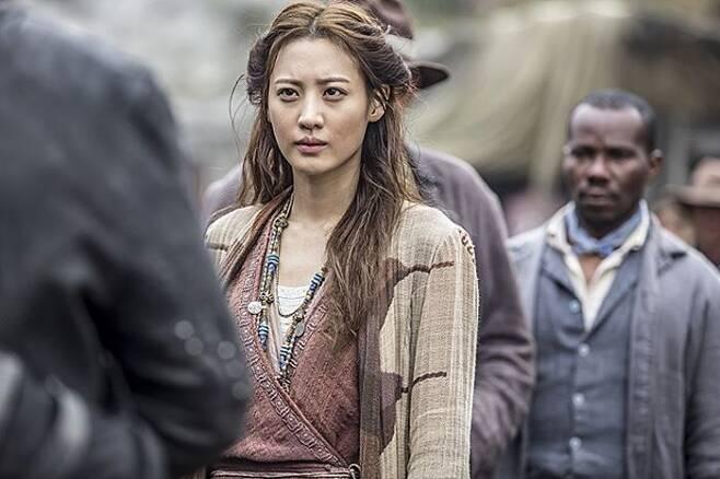 출처: <어벤져스: 에이지 오브 울트론>에서부터 <다크타워: 희망의 탑>까지. 수현의 필모그래피는 웬만한 할리우드 배우보다 더 알차다. 사진 소니픽처스
