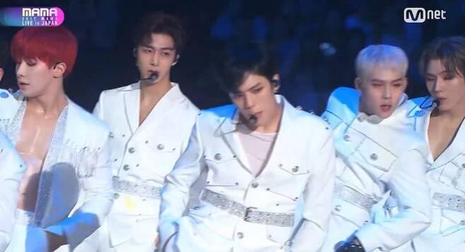 출처: Mnet '2017 MAMA' 영상 캡처