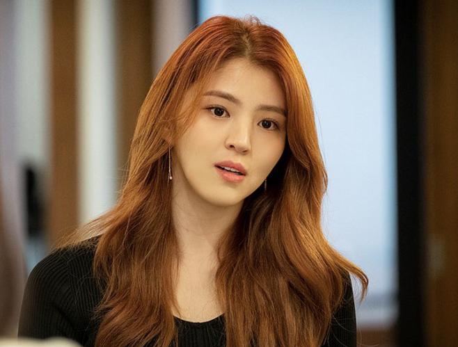 출처: JTBC '부부의 세계'