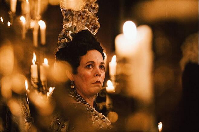 출처: <더 페이버릿: 여왕의 여자>