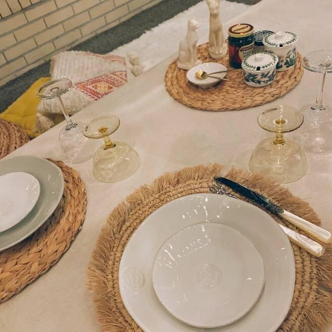 출처: <라탄 매트> 정보 보러가기 (▲이미지 클릭)