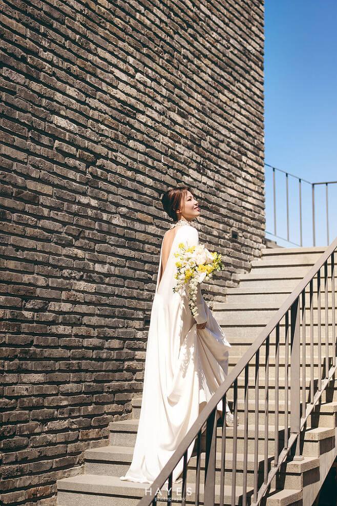 출처: 헤이스 스튜디오 (알리 결혼사진)