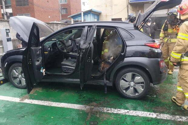 올해 1월 대구 달서구에서 충전 중이던 전기차 코나 EV에서 화재가 발생했다. 사진=연합뉴스