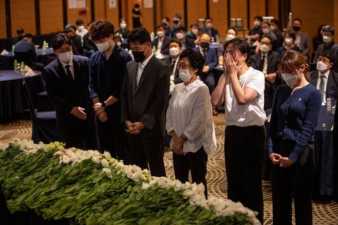 7월10일 중국 상하이 총영사관에서 근무하다 사망한 이주현씨(가명)의 추모행사가 대구 수성구 한 호텔에서 열렸다. ⓒ시사IN 조남진
