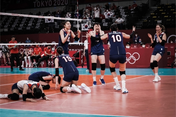 한국 여자배구대표팀 5세트 활약한 8번 박은진. 사진|FIVB