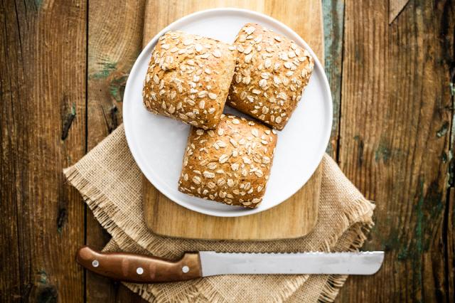 통곡물 빵을 먹으면 내장지방을 줄일 수 있는 것으로 나타났다./사진=클립아트코리아