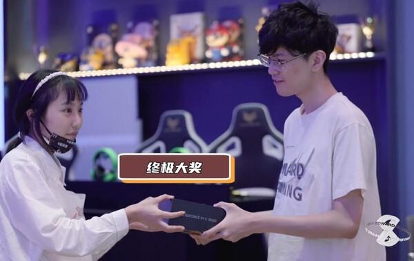 사진=EDG 공식 웨이보, 8주년 기념 영상 캡쳐