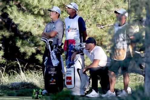2021년 미국프로골프(PGA) 투어 슈라이너스 칠드런스오픈 우승을 차지한 임성재 프로. 사진은 2020년 PGA 투어 더 CJ컵에 출전했을 때 브룩스 켑카와 함께한 모습이다. 사진제공=Getty Image for THE CJ CUP